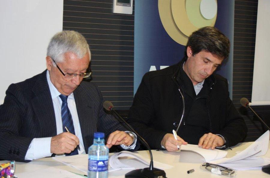 Aemme y Copade firman un acuerdo para el desarrollo de políticas de comercio justo