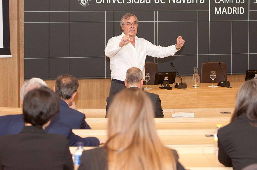 <p>Javier Martín Cavanna, director Fundación Compromiso y Transparencia.</p>