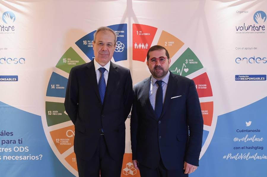 <p>Andrea Lofaso, director general de RRHH de Endesa, y Federico Buyolo, director general Agenda 2030.</p>