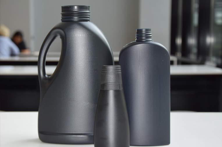 Henkel crea envases de plástico negro sin carbono totalmente reciclables