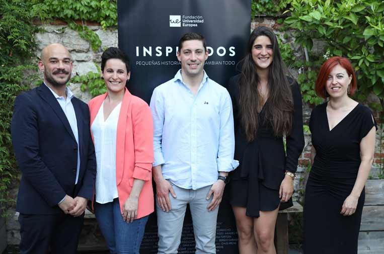 <p>Andrés Pina, director de los premios JES; Miriam Reyes, Alberto Cabanes y June Arrieta, premiados con las menciones especiales, y Lorena Esmoris, responsable de la Fundación Universidad Europea.</p>