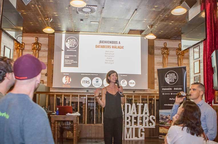 <p>María Sánchez González, organizadora de Databeers Málaga. Foto: Koke Pérez.</p>