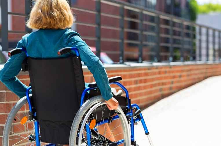Mujer mayor de 45 años, el rostro del desempleo de personas con discapacidad
