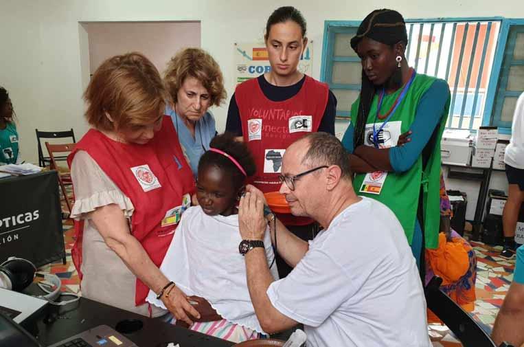 F. Multiópticas y Ecodesarrollo Gaia mejoran la salud visual de la población senegalesa