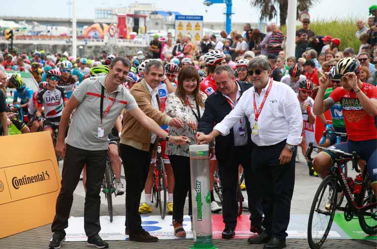 Responsabilidad social y solidaridad sobre dos ruedas en La Vuelta