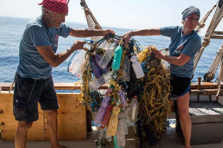 Regresa '1m2 por las playas y los mares', que recoge y analiza la basura de las costas