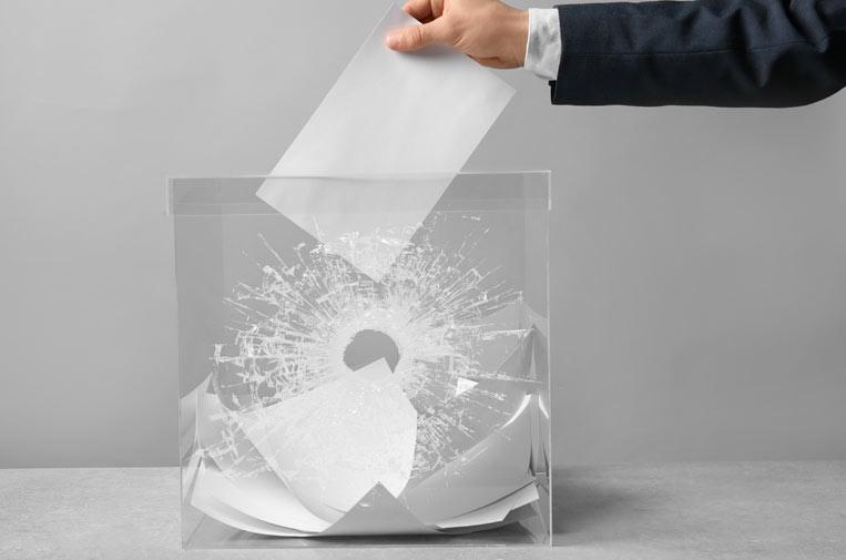 Transparencia, el juguete roto de las elecciones (y los pactos)