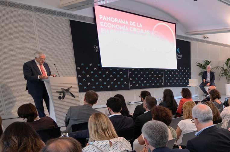 <p>Luis M. Jiménez. presidente de ASYPS, y Jordi Morato, coordinador de la Cátedra Unesco de Sostenibilidad de la UPC, durante la presentación del informe. </p>