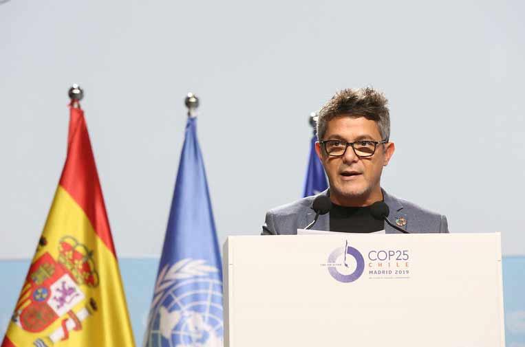 <p>El cantante Alejandro Sanz, en su intervención en la COP25.</p>