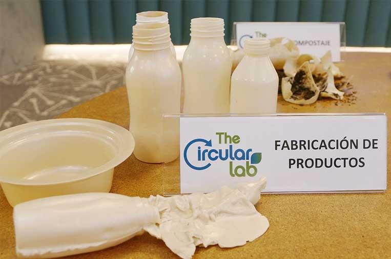 <p>Ecoembes presentó el pasado año el 'plástico bio-bio', unmaterial obtenido a partir de residuos vegetales.</p>