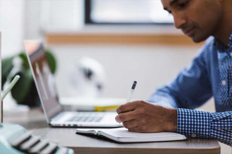 La inteligencia artificial, una herramienta clave contra el absentismo laboral