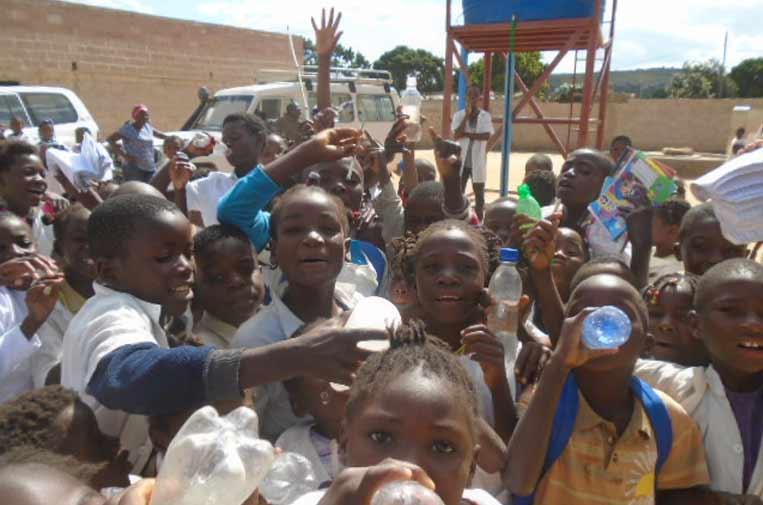'Agua para todos' mejora la vida de más de 17.000 personas en África, América y Asia