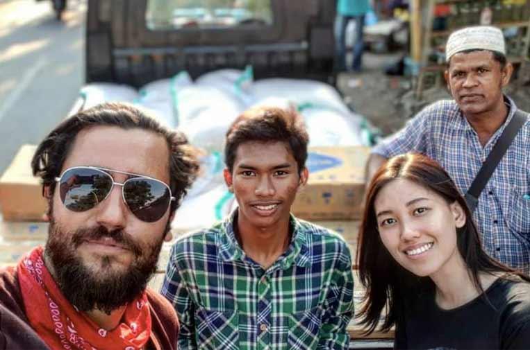 <p>Álvaro Cuadrado se desplazó a Indonesia para ayudar a los damnificados por el terremoto de 2018. Foto: Twitter.</p>