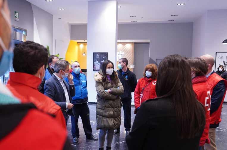 <p>Begoña Villacís y Pepe Aniorte han visitado las instalaciones del hotel.</p>