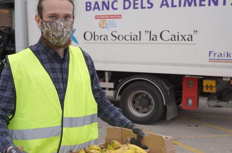 """<p>La Fundación """"la Caixa"""" organiza la campaña 'Ningún hogar sin alimentos', impulsada conjuntamente con CaixaBank. Foto: Fundación Bancaria """"la Caixa""""</p>"""