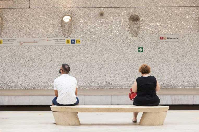 <p>El Metro de Valencia dispone de un sistema capaz de controlar el aforo y las distancias entre usuarios.</p>