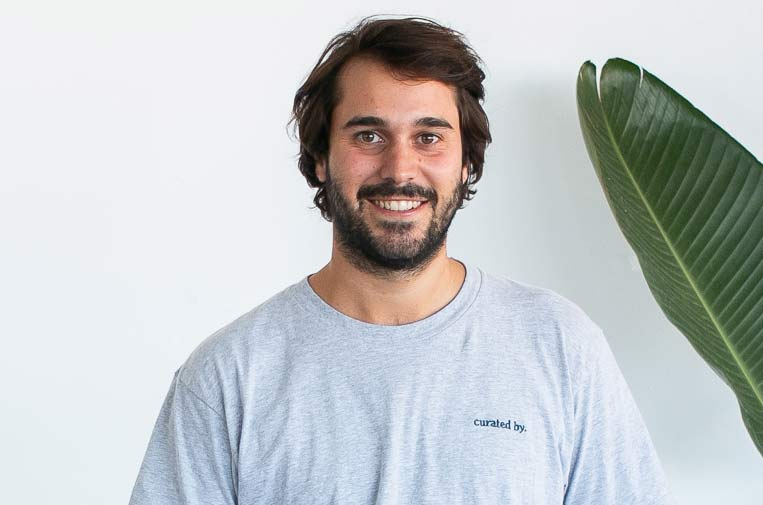 <p>Alberto Espinós, creador de Tropicfeel. Foto: Tropicfeel.</p>