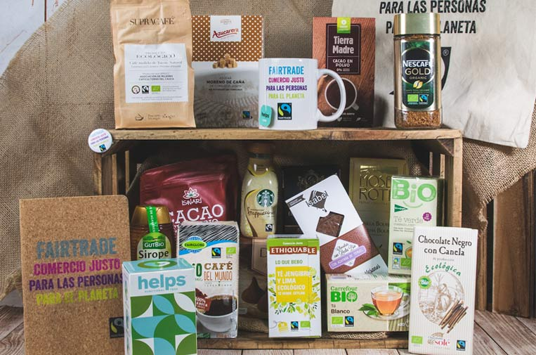 <p>Surtido de productos certificados con el sello Fairtrade.</p>