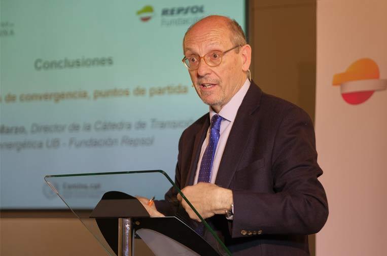 <p>Mariano Marzo, director de la Cátedra y del Observatorio, en la presentación de resultados del Observatorio sobre captura, uso y almacenamiento del CO2 de la Cátedra de Transición Energética Fundación Repsol - Universitat de Barcelona.</p>