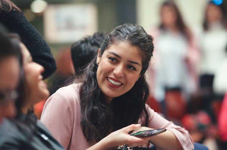 <p>Fotografía de pasadas ediciones de 'Gira Mujeres'. Foto: Coca-Cola.</p>