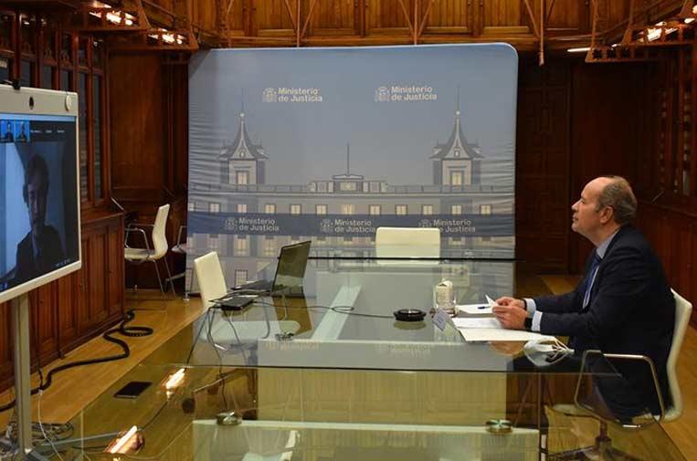<p>El ministro de Justicia, Juan Carlos Campo, inaugura el VI Encuentro Cumplen, un evento organizado por la Asociación de Profesionales de Cumplimiento Normativo. Foto: Ministerio de Justicia.</p>