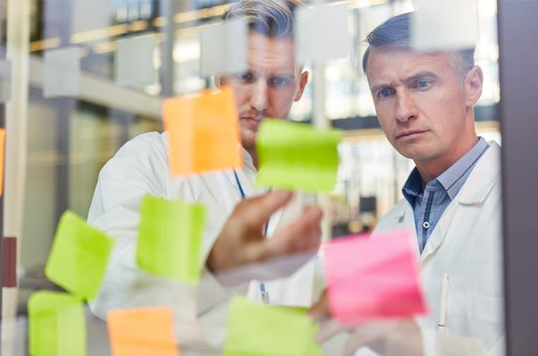 La industria farmacéutica, punto de apoyo para la pyme innovadora y 'startup' social