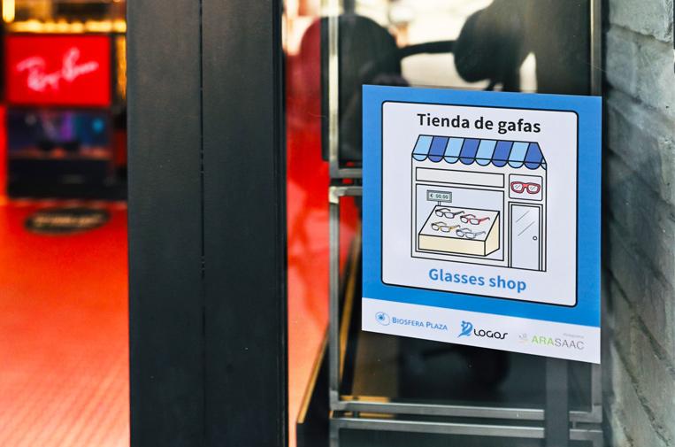 Códigos QR para hacer accesible a personas con TEA el centro comercial Biosfera Plaza