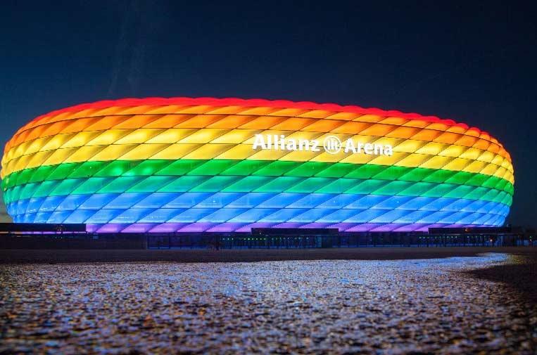 <p>Allianz Arena, estadio del Bayern Múnich. Foto: Allianz Seguros.</p>