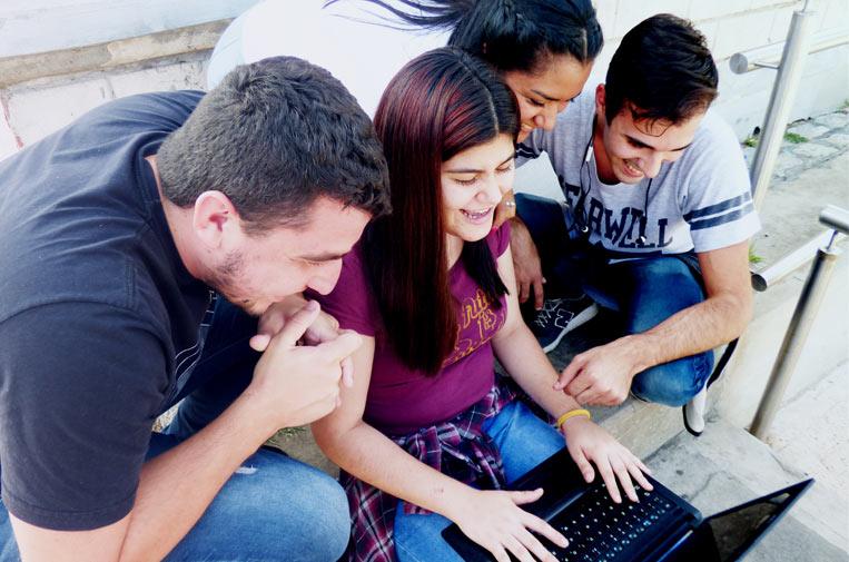 Las empresas tecnológicas, importantes salidas laborales para jóvenes vulnerables