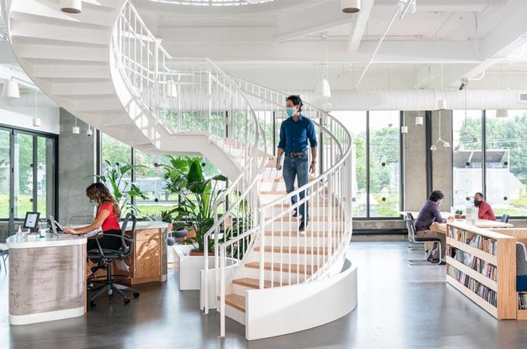 'Hot-desking': la oficina flexible para unos trabajadores pos-covid que así lo reclaman