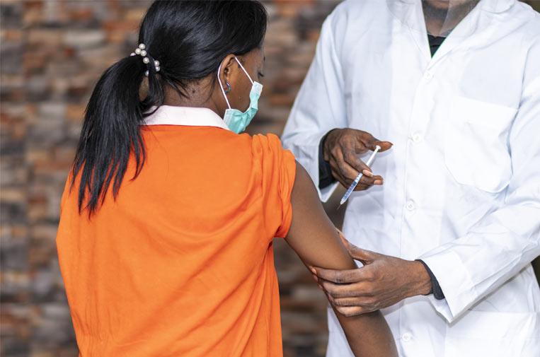 Covax: la vacunación mundial contra la covid-19 a dos velocidades
