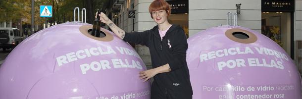 La actriz y modelo española, Bimba Bosé, es embajadora de esta iniciativa de Ecovidrio.